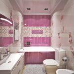 Розовая плитка в интерьере ванной комнаты