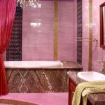 Дизайн ванной в розовом цвете - фото