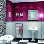 Фиолетовый цвет в интерьере санузла - фото