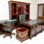 Резная мебель в интерьере