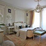 Шикарная спальная комната в парижском стиле