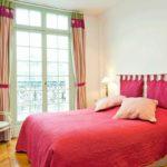 Интерьер спальни в парижском стиле