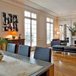 Дизайн гостиной комнаты в парижском стиле