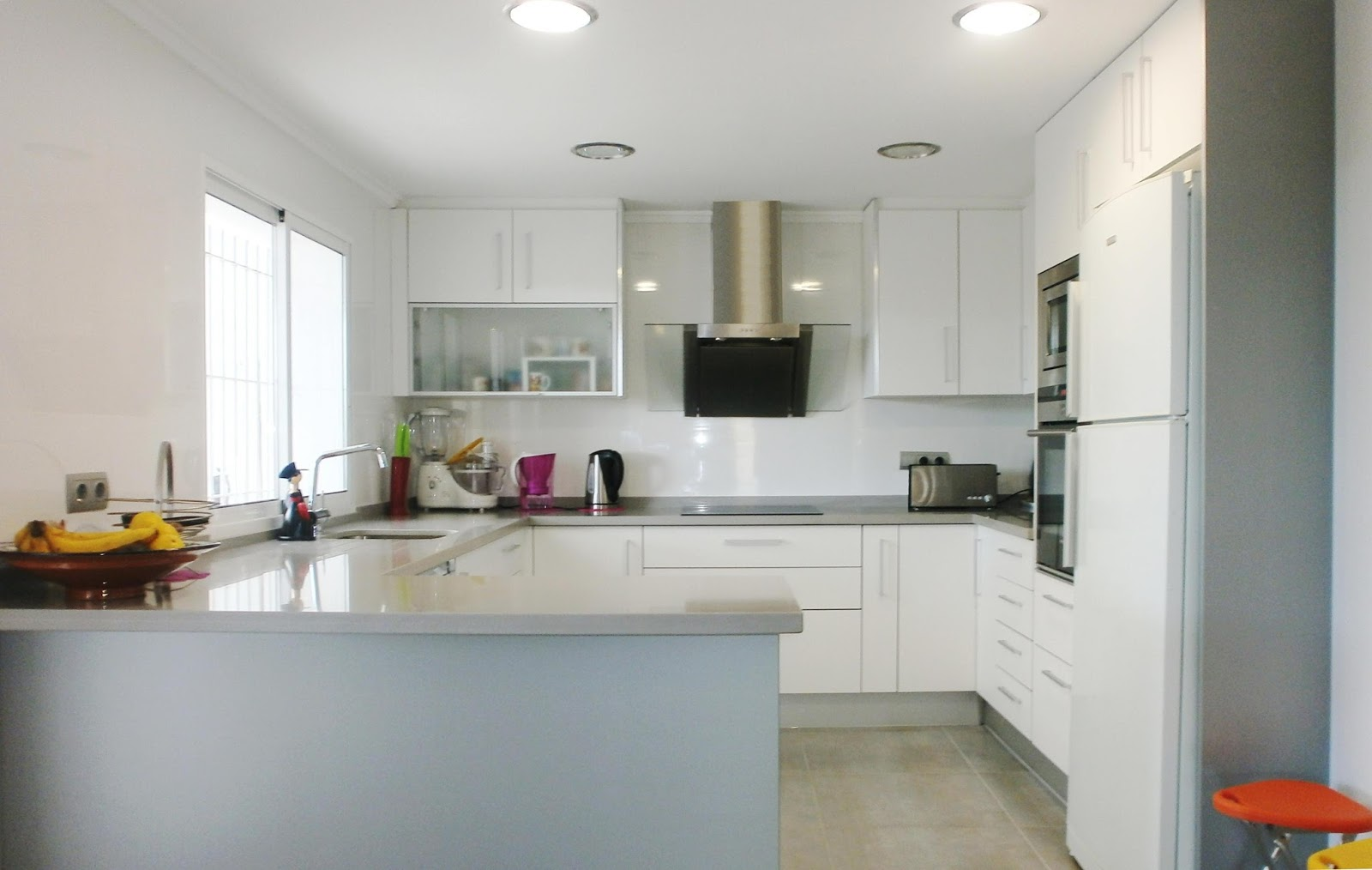 Дизайн трехкомнатной квартиры - фото