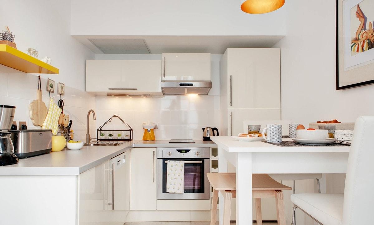 Планировка и дизайн стандартной кухни 6 кв.м.