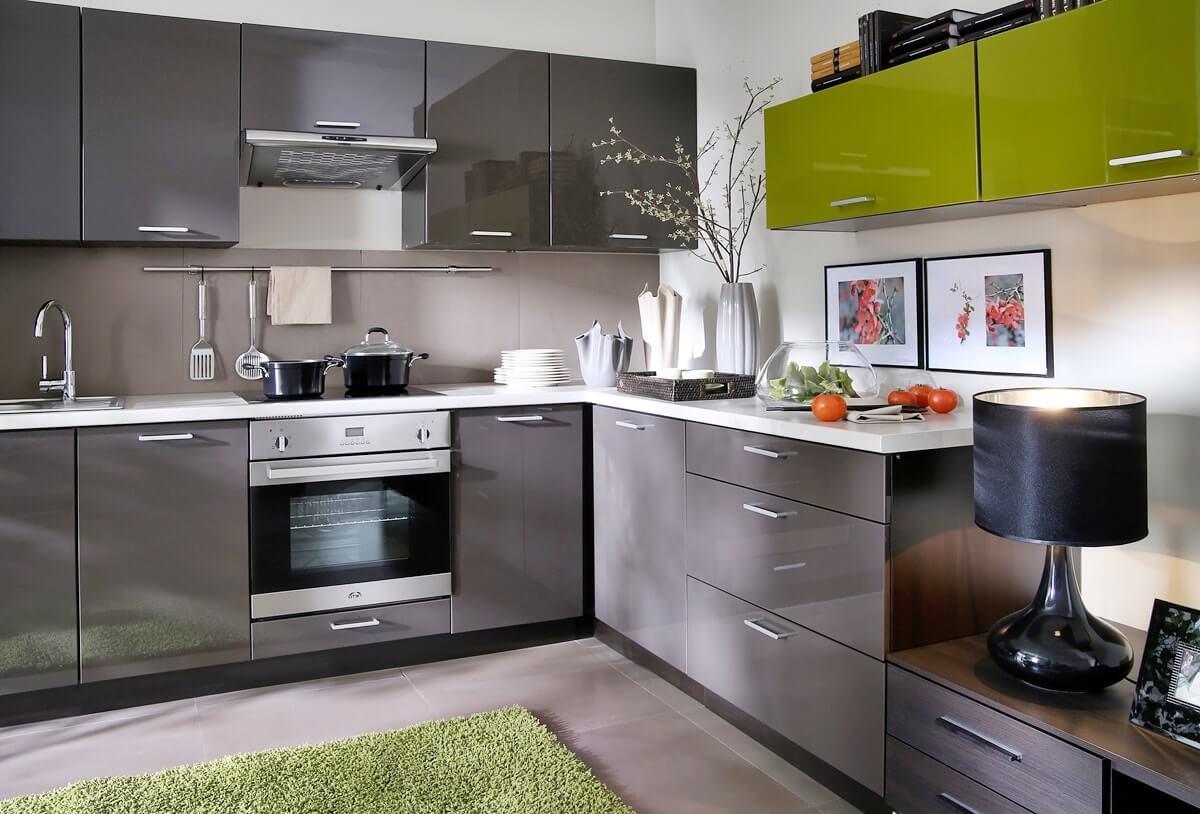 Угловой гарнитур для кухни