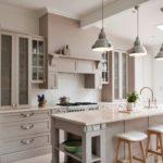 Бежевый в интерьере кухни (6)