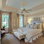 Бежевый цвет в интерьере спальни - фото 3