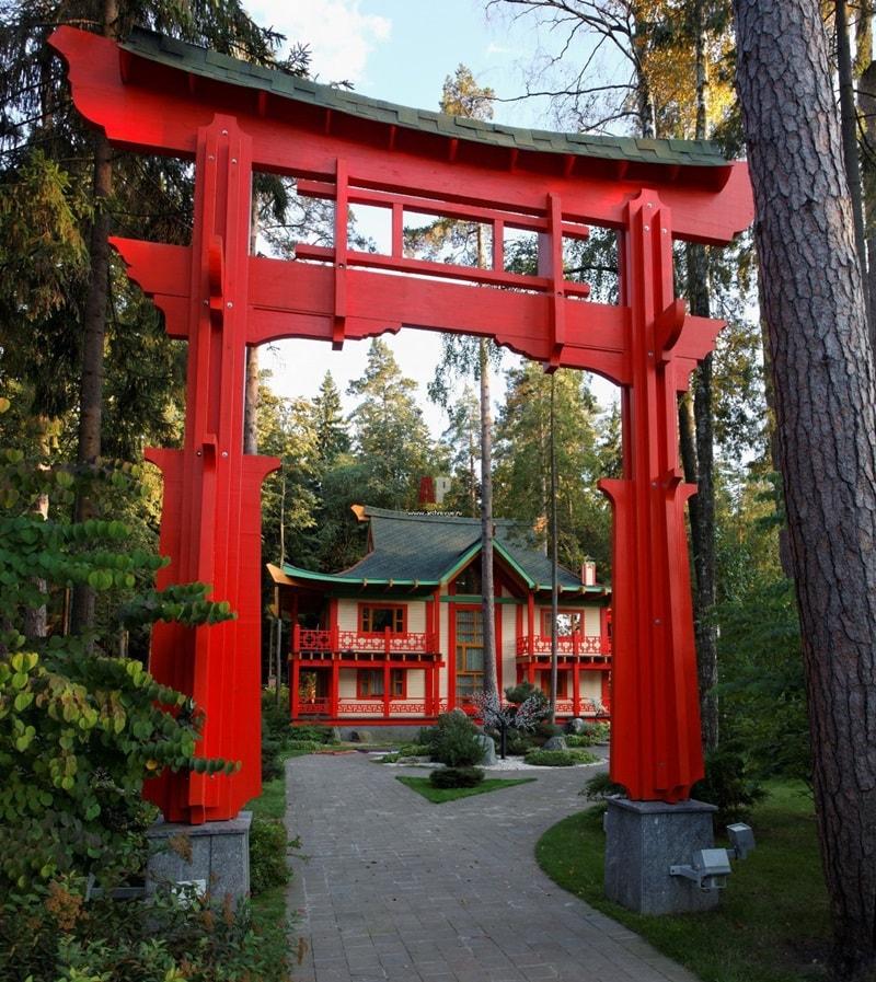 Входные ворота в китайском стиле