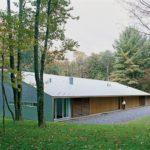 Одноэтажный загородный дом с односкатной крышей - фото 2
