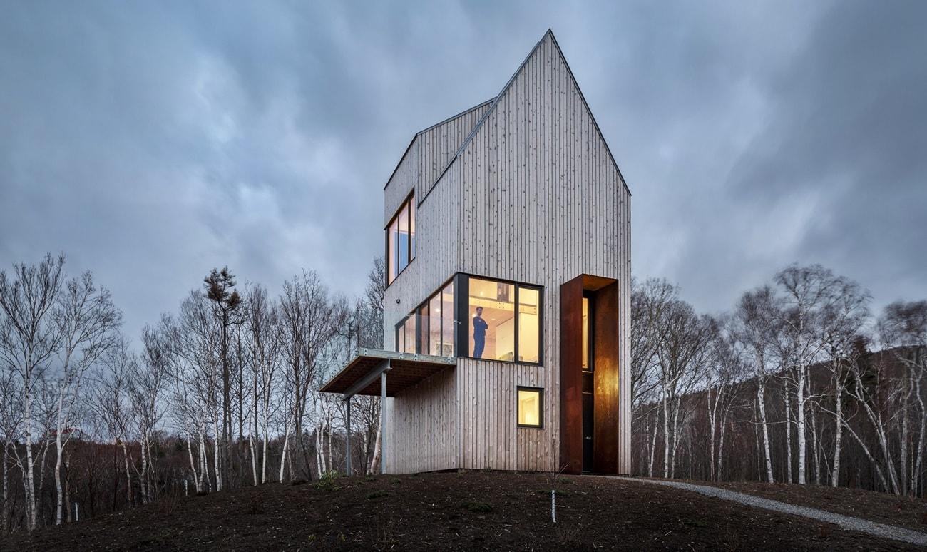 Трехэтажный каркасный дом