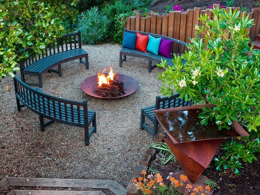 Очаг и садовая мебель
