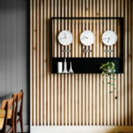 Декоративные рейки на стене в интерьере - фото (31)