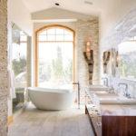 Декоративный камень в ванной комнате - фото (15)