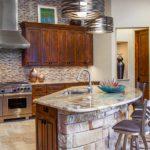 Декоративный камень в интерьере кухни и столовой - фото (11)