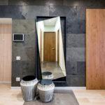 Декоративный камень в интерьере прихожей - фото (5)
