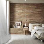 Декоративный камень в интерьере спальни - фото (9)