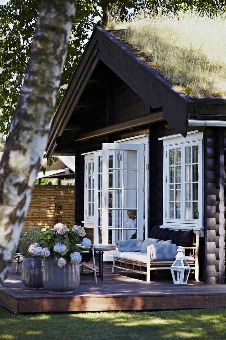 Двери со стеклянными вставками для дома в скандинавском стиле