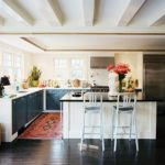 Ковер в интерьере кухни - фото (6)