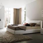 Ковер в интерьере спальни - фото (5)