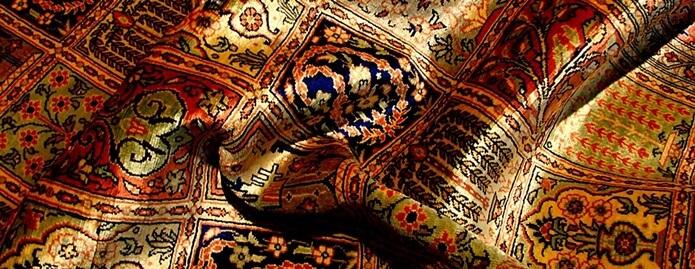 Шелковые ковры в интерьере