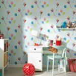 Бумажные обои в интерьере детской комнаты (13)