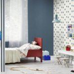 Бумажные обои в интерьере детской комнаты (14)
