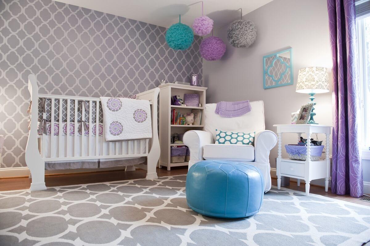 Бумажные обои в интерьере детской комнаты