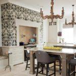 Бумажные обои в интерьере кухни (4)
