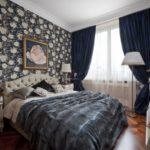 Бумажные обои в интерьере спальни (10)