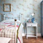 Бумажные обои в интерьере спальни (6)
