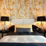 Бумажные обои в интерьере спальни (7)