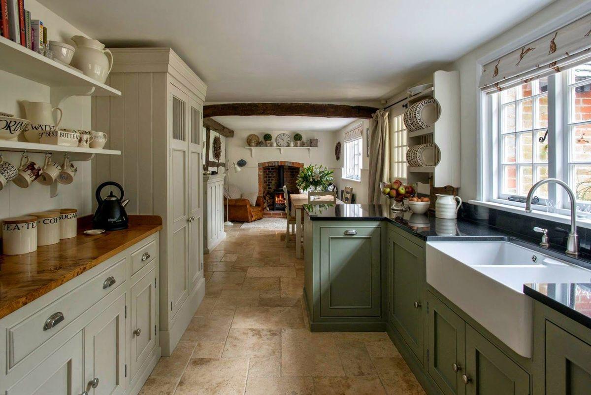 Дизайн кухни в стиле кантри - фото (50)
