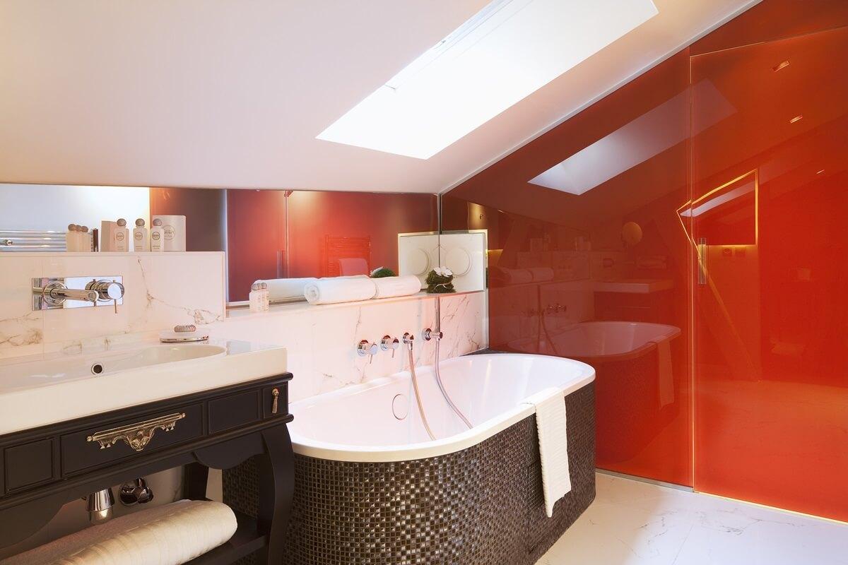 Акцентная стена в интерьере ванной