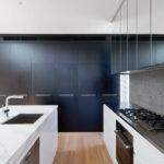 Дизайн кухни в стиле хай-тек - фото (19)