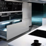 Дизайн кухни в стиле хай-тек - фото (31)