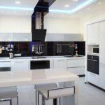 Дизайн кухни в стиле хай-тек - фото (37)
