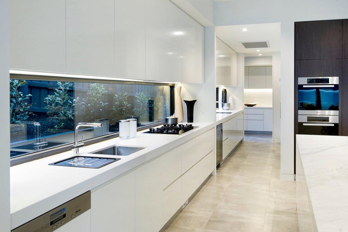Дизайн кухни в стиле хай-тек - фото (42)