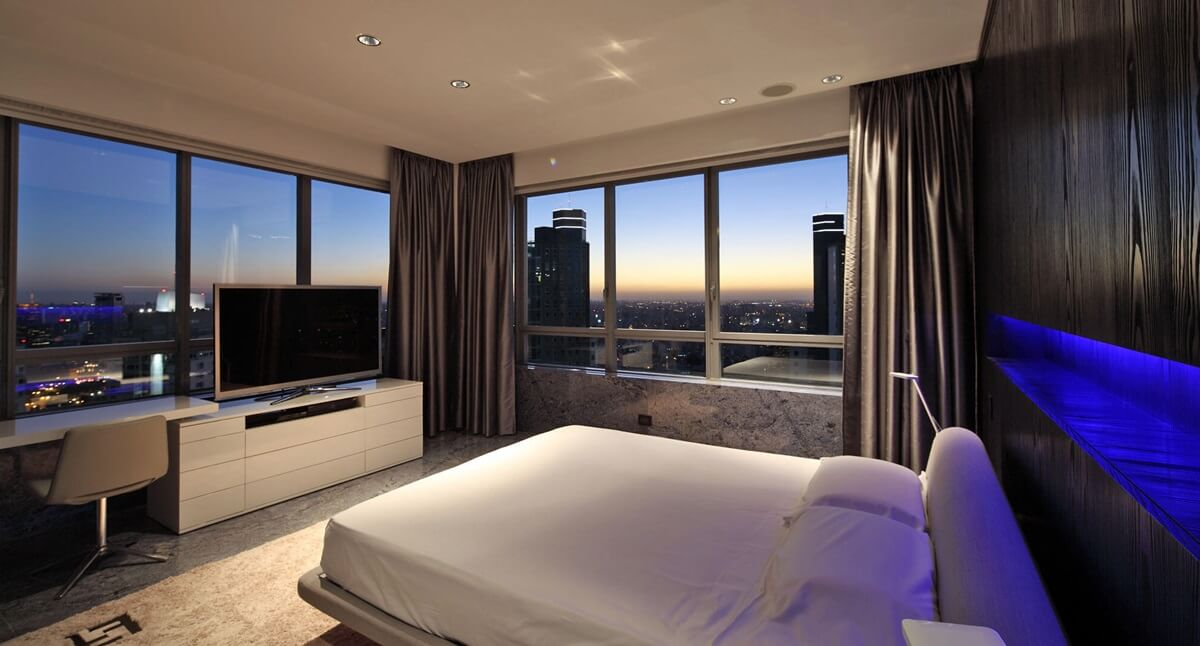 Планировка спальни в стиле хай-тек