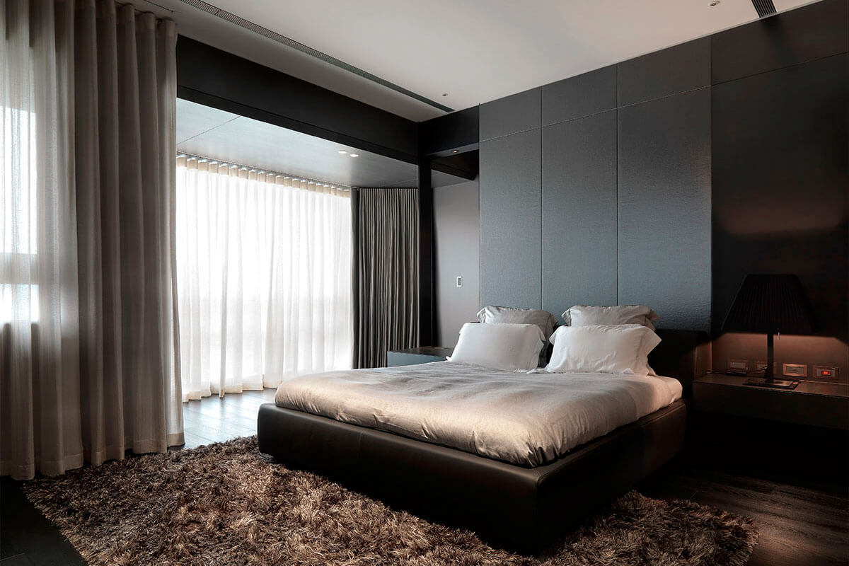 Шторы для спальни в стиле хай-тек
