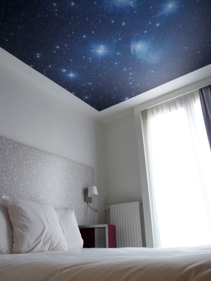 Натяжной потолок - звездное небо