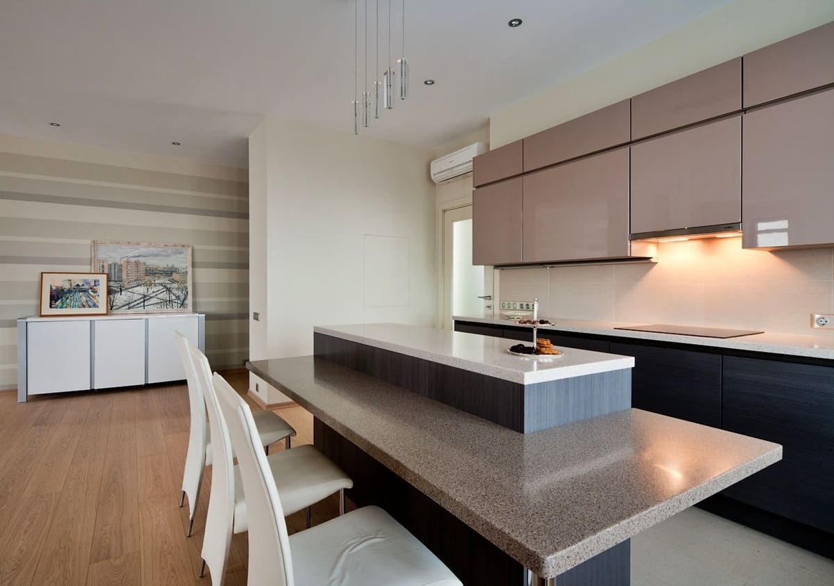 Стены кухни в стиле минимализм - фото