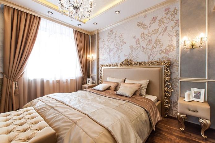Кровать в спальне в стиле Арт-деко