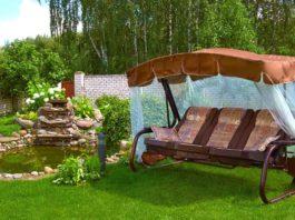 Выбор садовых качелей для дачи